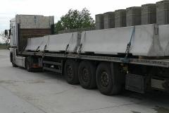forgalomterelő-betonelem-szállítás_5