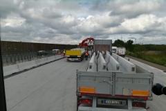 forgalomterelő-betonelem-szállítás_6