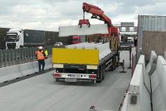 forgalomterelő-betonelem-szállítás_7