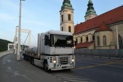vasbeton-csövek-szállítása_16