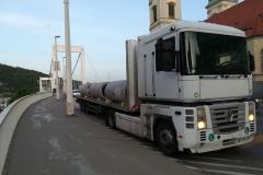 vasbeton-csövek-szállítása_17